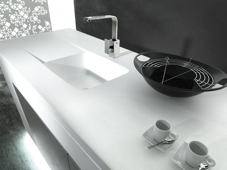 PORCELANOSA ha desarrollado un material avanzado para las encimeras de cocina, un compuesto mineral capaz de soportar altas temperaturas y agresiones externas sin alterar su aspecto.