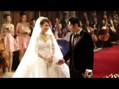 Happiness is in their eyes. That's how a wedding should be. Like a fairy tale. Happy birthday, Capricorn and Happy Wedding - Jay Chou & Hannah Quinlivan.