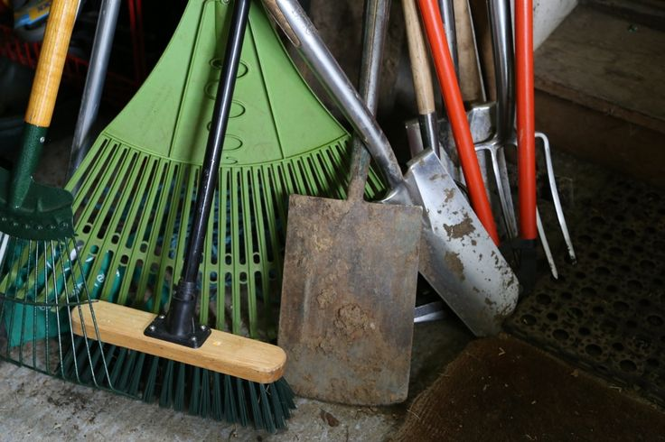 17 best images about garden accessories on pinterest for Gardening tools for schools
