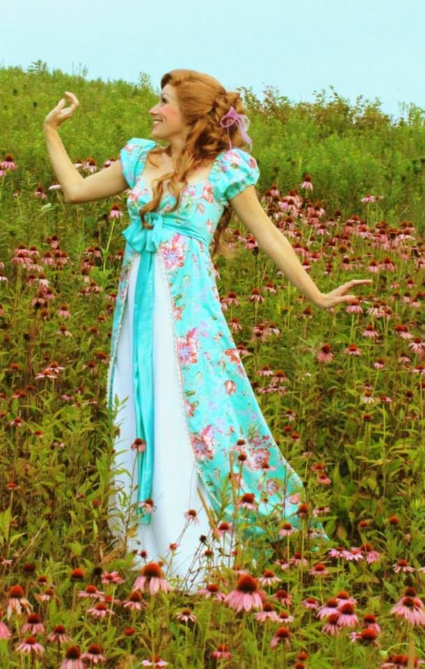 The curtain dress! Love this Giselle cosplay from Enchanted. - 10 Giselle Cosplays