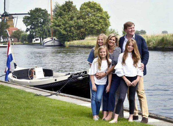 Dutch Royal Family Summer Photo Call 2017