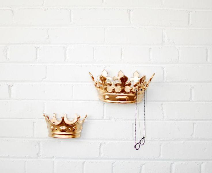 Your Majesty Hook / LuLu & Georgia #landgathome