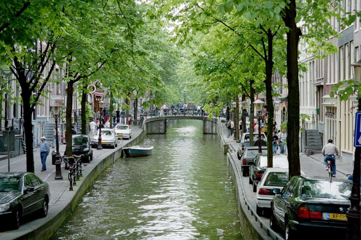pictures of canals | Amsterdam 400 years of canals