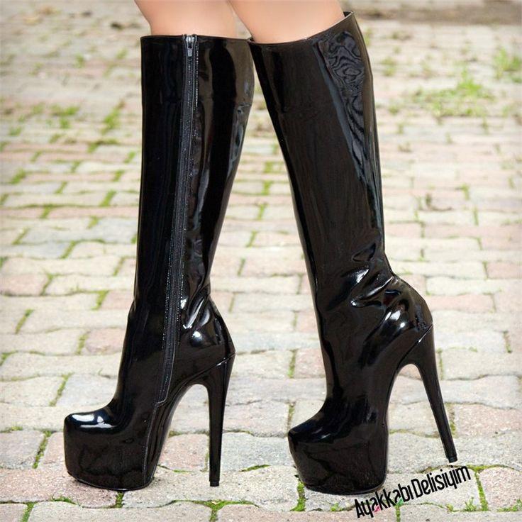 Barbi Yüksek Topuklu Rugan Siyah Çizme
