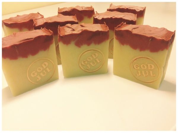 Soapblogg - Recept och instruktioner för tvål, ljus, hudvård och sminktillverkning.