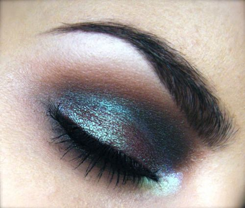 Blue brown pigment, Just realized I already have this color and it's STUNNING with my  aubergine/black hair!