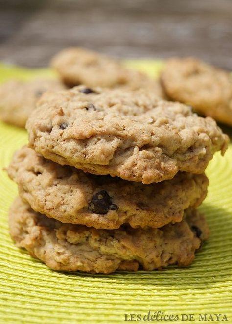 Voici d'excellents biscuits que j'ai dénichés chez Isabelle . Pour ma part, en remplacement des noix, j'ai utilisé des céréales corn f...