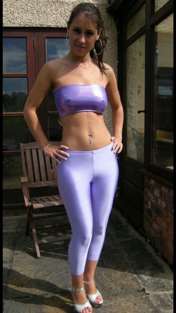 Hot young babes in tights — photo 6