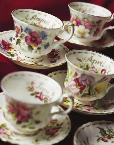Lista di Nozze Matrimonio in fiore http://www.nozzemeravigliose.it/matrimonio/lista-nozze/napoli/prestigio-oro/351