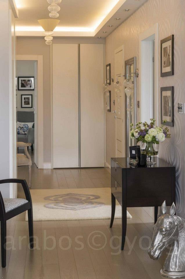Hallway ★ www.decoraunts.hu