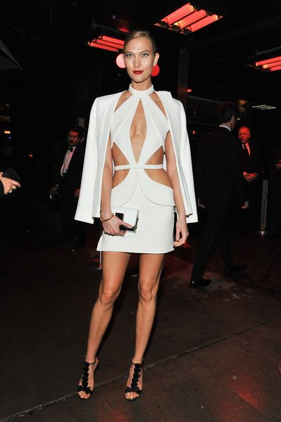 Karlie Kloss Evening Sandals - Karlie Kloss styled her outfit with bow-adorned T-strap heels by Olgana Paris.