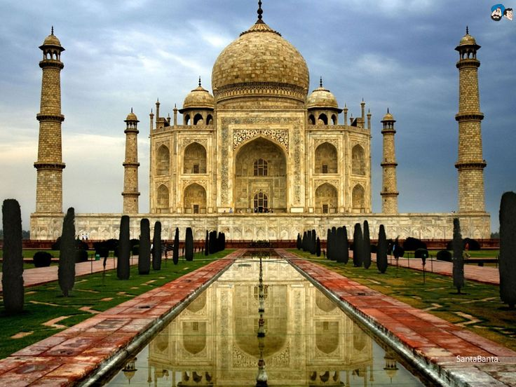 En Inde, admirer le Taj Mahal