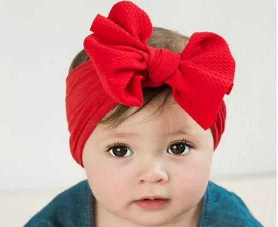 Comfy and stretchy headband in the seasons most popular textured colors to complete her look. Made of soft cotton and linen material. Baby Turban, Newborn Headbands, Baby Outfits Newborn, Stretchy Headbands, Nylon Flowers, White Headband, Diy Headband, Gauze Dress, Baby Comforter