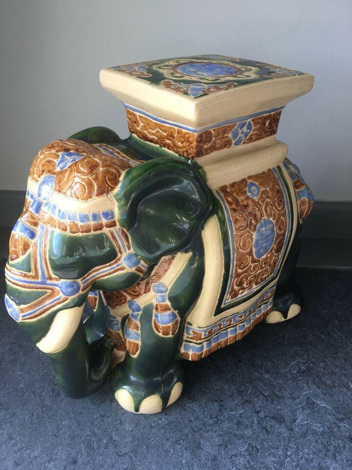 c607fdd5b7f keramik elefant piedestal – dba.dk – Køb og Salg af Nyt og Brugt ...