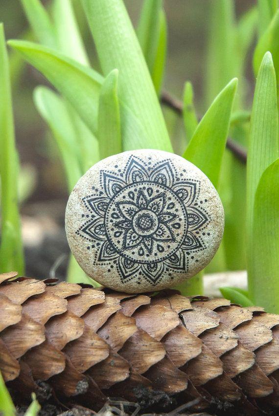 Mandala Art. Bohemian Bedding Mandala Meditation/ Natural Eco-friendly Mandala Boho decor/ Mandala Natural Beach Stone Art. Desk decoration