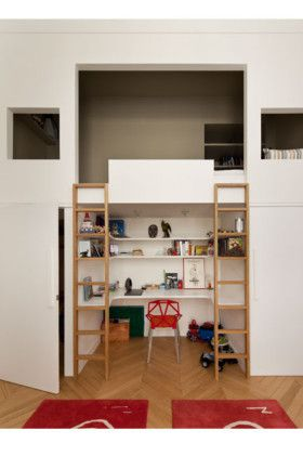 Paris apartment by Charlotte Macaux Perelman - Children's room conceived similar to that of an artist loft, creating a mezzanine that allows them to have their own private space on top and a study area underneath.