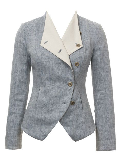 I am having the absolute hardest time trying to find jackets that fit me, so I have resolved that I will just figure out how to make them on my own. This one looks cute!!