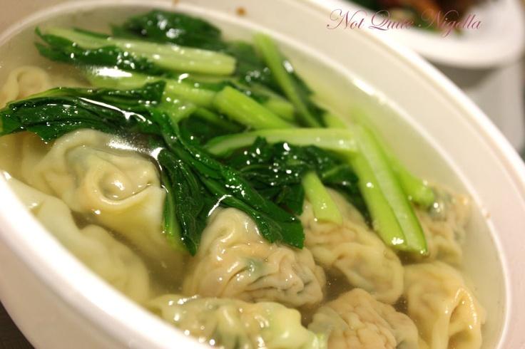 Wan Tan soep bij de Chinees!  Won ton Soup for a chilly day! =)