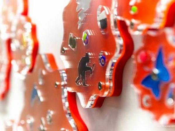FIRMA ha realizzato le sagome in metacrilato per le opere d'arte in metacrilato di Renzo Nucara, CrackingArtist #crackingartist #crackingart #artlovers #acrylicaddicted #acrylicglass #timemachine #renzonucara
