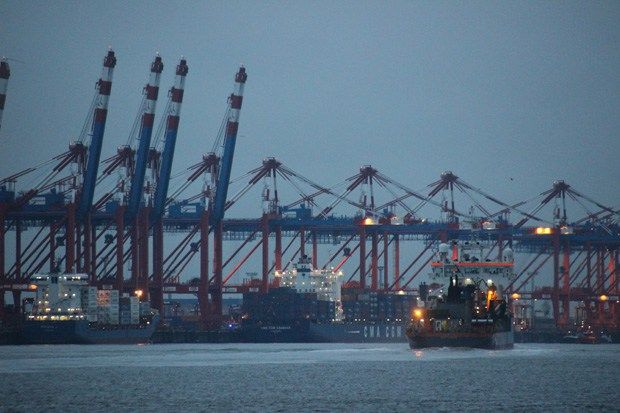 Bremerhaven ist ein Traum für Schifffans - und nicht nur für die... #Bremerhaven #Schiff #Schiffe #Hafen #Bremen #Reise #Ausflug #Klimahaus #Nordsee http://www.breitengrad66.de/2016/12/09/bremerhaven-schiffe/