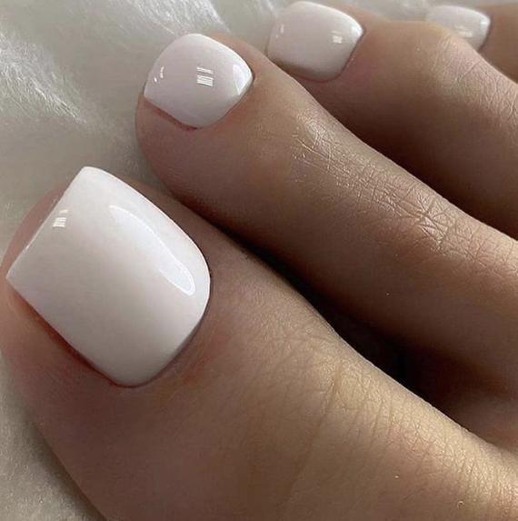 White Nails 24 piece Toe Nails Press On Set Custom | Etsy | Gel toe nails,  Pretty toe nails, Acrylic toe nails