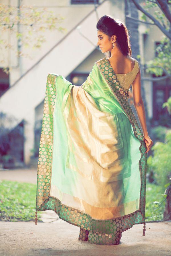 Simple yet so elegant saree.