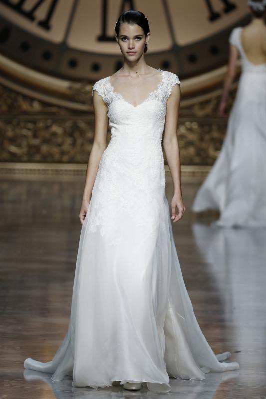 Best Pronovias Fashion Show at Barcelona Bridal Week Desfile de Pronovias en la Barcelon Bridal