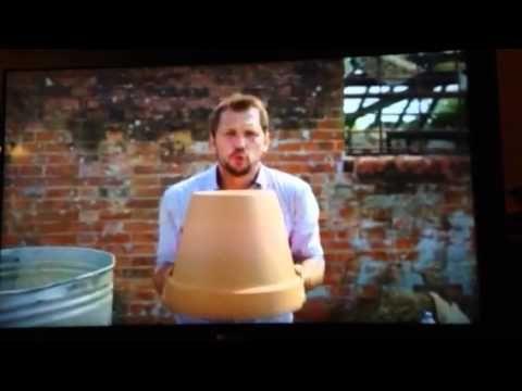 ▶ Jamie Oliver Jimmy Doherty Tandoor Oven Dustbin Flowerpot - YouTube