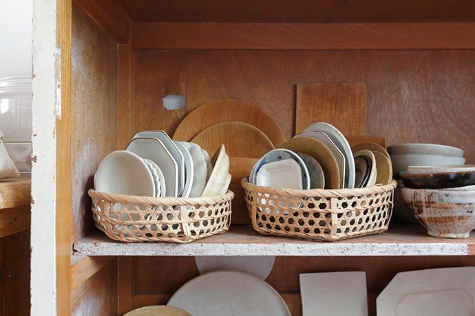 豆皿の収納 |ビン・カゴ・布の活用術