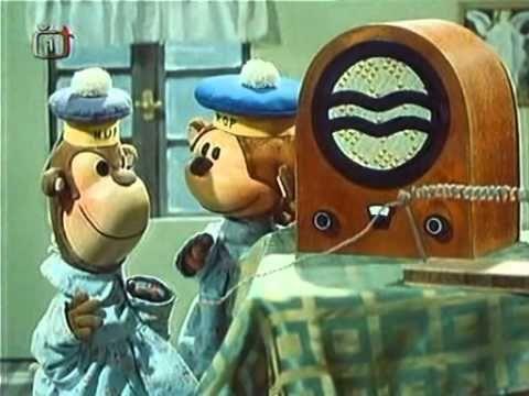 HUP A HOP je československý loutkový animovaný seriál z roku 1968. Dvě malé mluvící opičky, které na ostrově najde pan Kapitán, s ním žijí nejen na lodi, ale i u něj doma a prožívají spolu různá dobrodružství. V dobrém úmyslu Kapitánovi způsobí nějakou neplechu, pomalují stěny lodní kajuty marmeládami nebo schovají sněhovou kouli pod polštář, aby ji mohli ukázat Kapitánovi. Seriál v hlavních postavách namluvili Jiřina Bohdalová, Vladimír Hrubý a František Filipovský. Bylo natočeno 13 dílů.