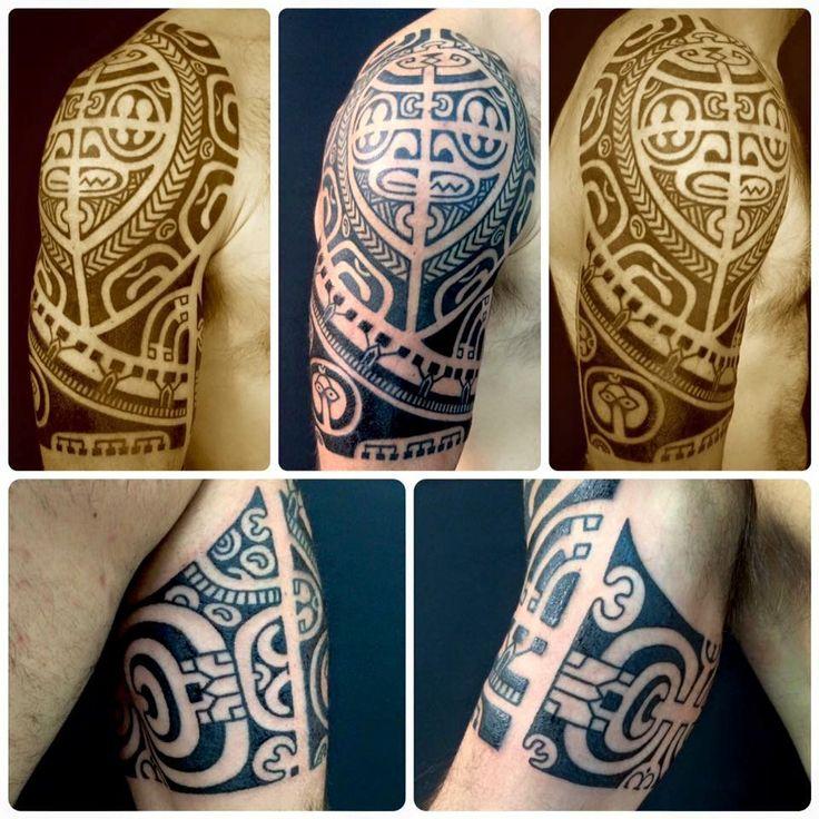 Raniero Patutiki is coming back! Da domani la super guest :Raniero Patutiki sarà di nuovo con noi al Subliminal Tattoo con i suoi bellissimi tatuaggi etnici.  Tatuaggi etnici http://www.subliminaltattoo.it/prodotto.aspx?pid=02-TATTOO&cid=18  #subliminaltattoofamily   #ranieropatutiki   #maori   #polynesiantattoo   #etnico   #tatuaggiotribale   #tattoo   #tattooartist