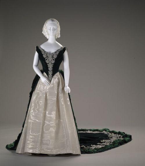 свадебные платья наталья романова цены