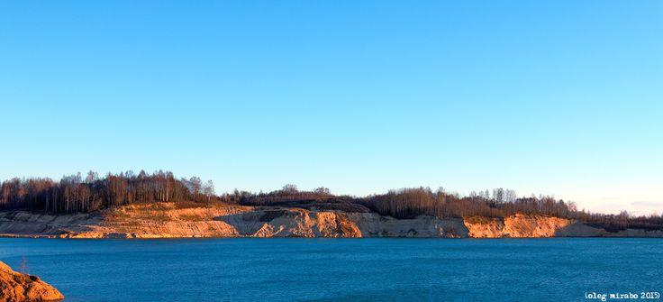 Steep coast of sand pit | Sandy quarry near the village Kuzmolovo