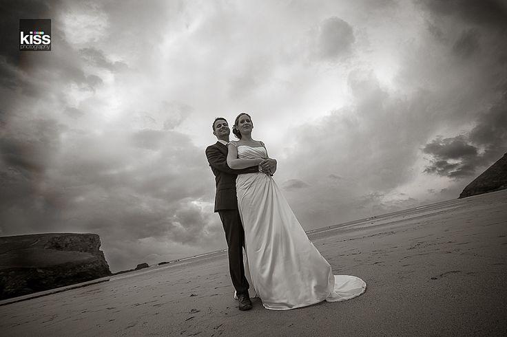 kiss-wedding-photography beach