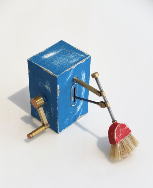 brooch / object via Velvet da Vinci Contemporary Art Jewelry and Sculpture Gallery, Timothy Information Limited