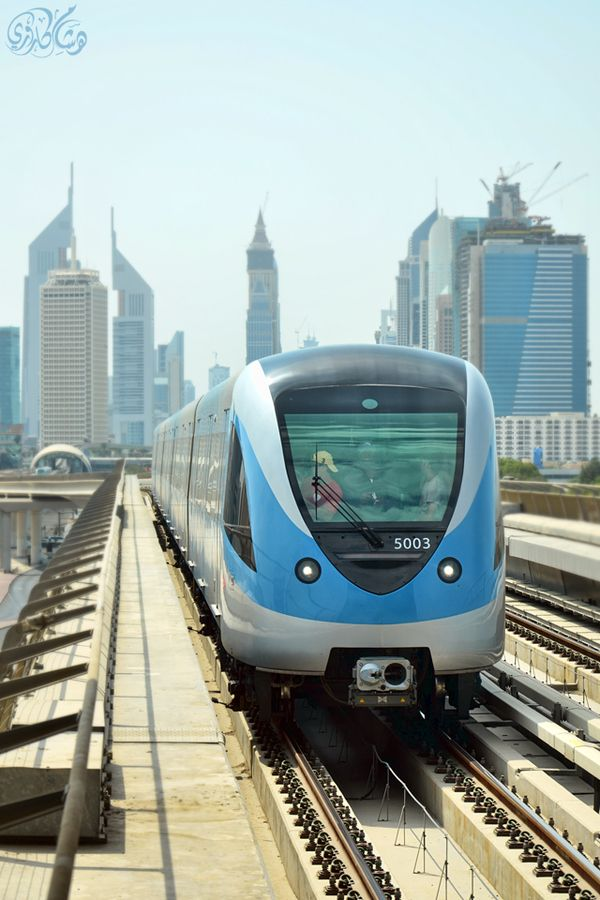Dubai Metro, UAE http://www.TripAdvisor.ru/Attraction_Review-g295424-d2283299-Reviews-Dubai_Metro-Dubai_Emirate_of_Dubai.html