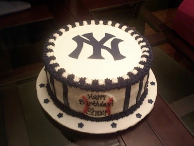Yankees birthday cake :) This one looks so much better than the one I had a couple years ago.