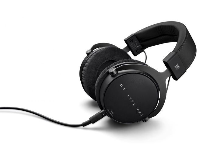 The best over-ear headphones for 2017