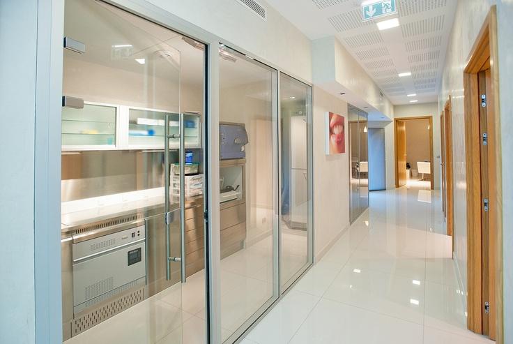 1000 id es sur le th me design de cabinet dentaire sur pinterest conception de bureau salles - Cabinet dentaire mezieres sur seine ...