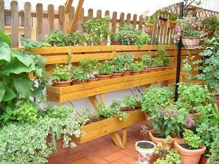 trabajos con palets jardineras en estanteras