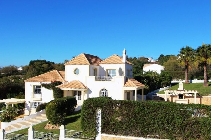 Villa For Sale In Loule Algarve With 5 Beds   Gatehouse International Property For Sale