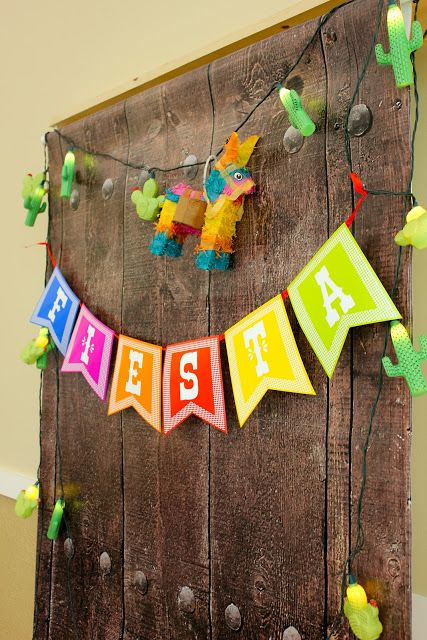 LoveLee | illustrations + designs: fiesta photo booth fun