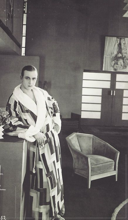 """Jacques Catelain in the film """"Le Vertige"""" by M. L'Herbier, 1926 Love the gown and the chair!"""