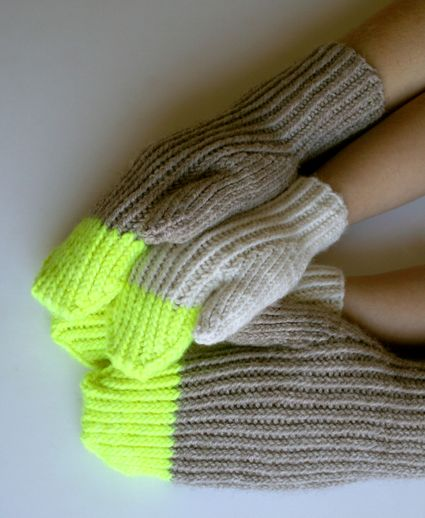 Laura's Loop: Paint PailMittens - Knitting Crochet Sewing Crafts Patterns and Ideas! - the purl bee