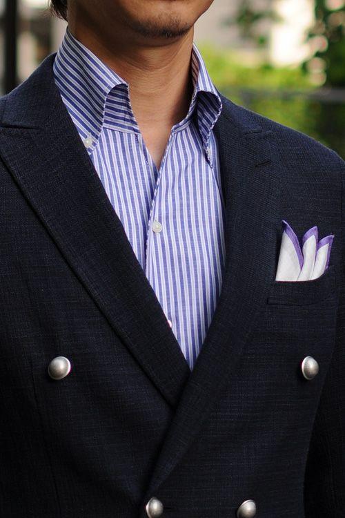 100番手双糸スーピマ綿のリネンコットンを使用した、スキッパータイプのイタリアンカラーシャツにリネンウールのダブルブレストのブレザー。
