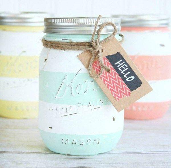 Si tienes guardado los clásicos jarros de mermeladas o salsas y no sabes qué hacer con ellos, encontramos varias creativas ideas para que les des un buen uso. En general en las fotos aparecen los M…