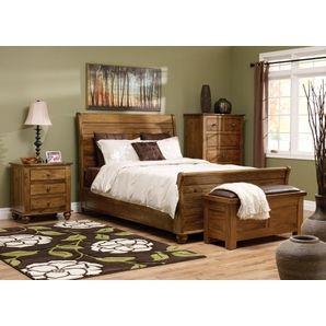 Queen Bed set - Honey Finish - this photo doesn't do this gorgeous bedroom set justice!