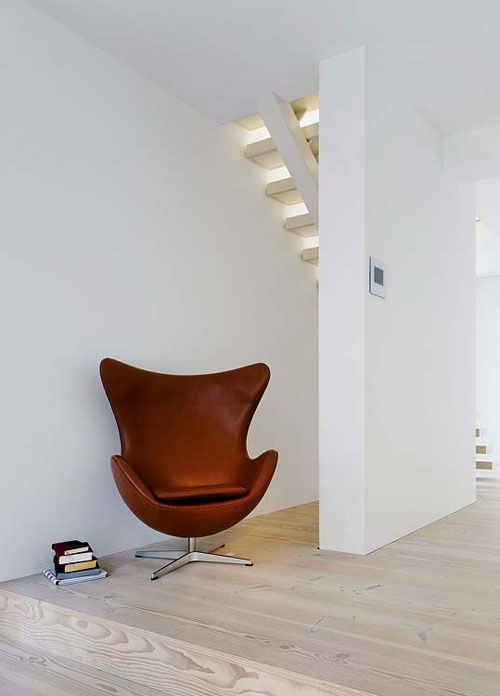1000 images about meubels furniture on pinterest eames wire chair and patricia urquiola - Eames meubels ...