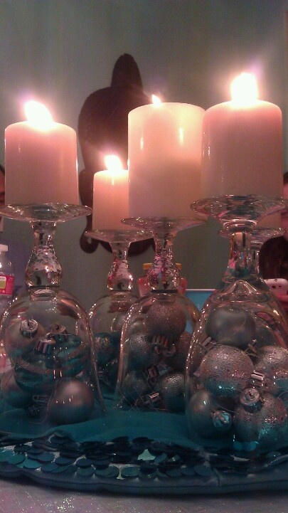 Christmas centerpiece, any excuse to use christmas balls and candles :)
