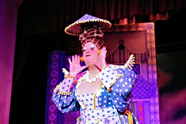Widow Twankey in the pantomime Aladdin at Sutton Coldfield Town Hall. the pantomime dame played by Richard Aucott